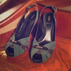 Fendi peep toe heel suede black & green 40/10